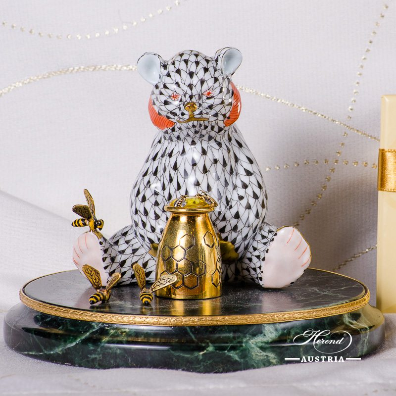 Jewelled Bear Cub 15361-0-00 VHN Black Fish scale pattern. Herend fine china. Hand painted ornaments. Jewelled Bear Cub sitting on a green marble base with 6 pieces of Bees. Jewelled with: Sterling Silver Ag 925 - 43 grams