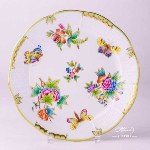 Dinner Plate 524-0-00 VBO Queen Victoria design. Herend fine china hand painted