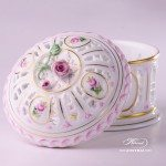 Candy / Biscuit Box with Rose Knob 6206-0-09 C-VRH-OR Vienna Rose / Viennese Rose Special VRH pattern. Herend fine china. Hand painted tableware