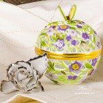 Bonbonniere / Candy Jar w. Butterfly Knob 6214-0-17 Lilac - Yellow - Green C4 pattern. Herend fine china and hand painted. Openwork Ornaments