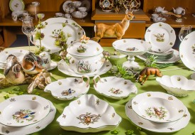 Herend fine china Dinner Set with Hunting Trophies also known as Chasse - Tétes motif