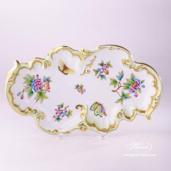 Dish Rococo 7517-0-00 VBO Queen Victoria design. Herend fine china hand painted