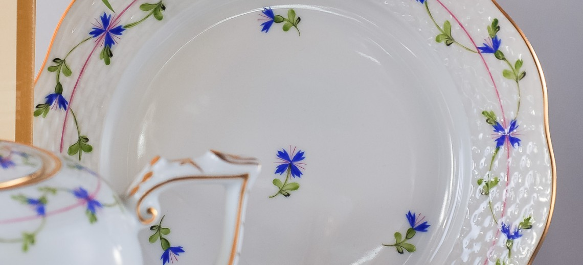 Cornflower Garland-PBG Tea Set - Herend Porcelain