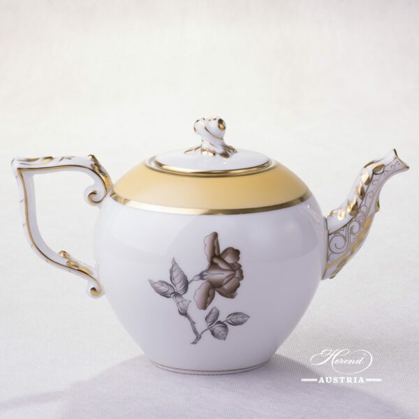 Victoria Grande Tea Pot 20605-0-06 VICTMC Herend porcelain