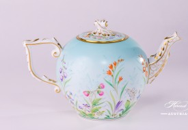 Tea Pot w. Twisted Knob 20605-0-06 QS Four Seasons pattern. Herend porcelain