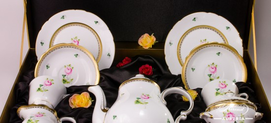 TeaSetfor 2 Persons in Gift Box - Special Vienna Rose / Viennese Rose VRH-OR-X1 design. Herend fine china. Hand painted tableware