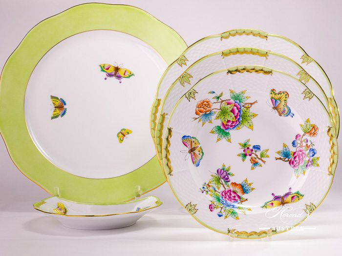 Victoria Herend porcelain Dinner and Tea Set