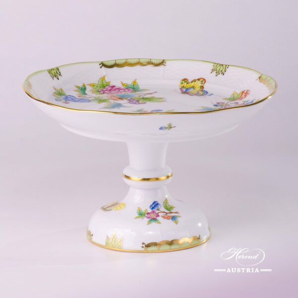 CakeStand 311-0-00 VBO Queen Victoria design. Herend fine chinahand painted