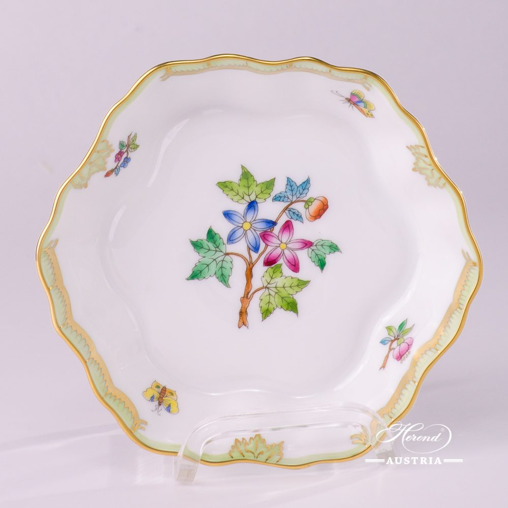 Small Fruit Bowl 498-0-00 VBA Queen Victoria design. Herend porcelain hand painted. Tableware