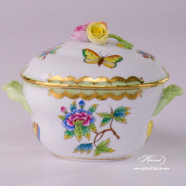Sugar Basin with Rose Knob 6012-0-09 VBO Queen Victoria design. Herend fine china hand painted