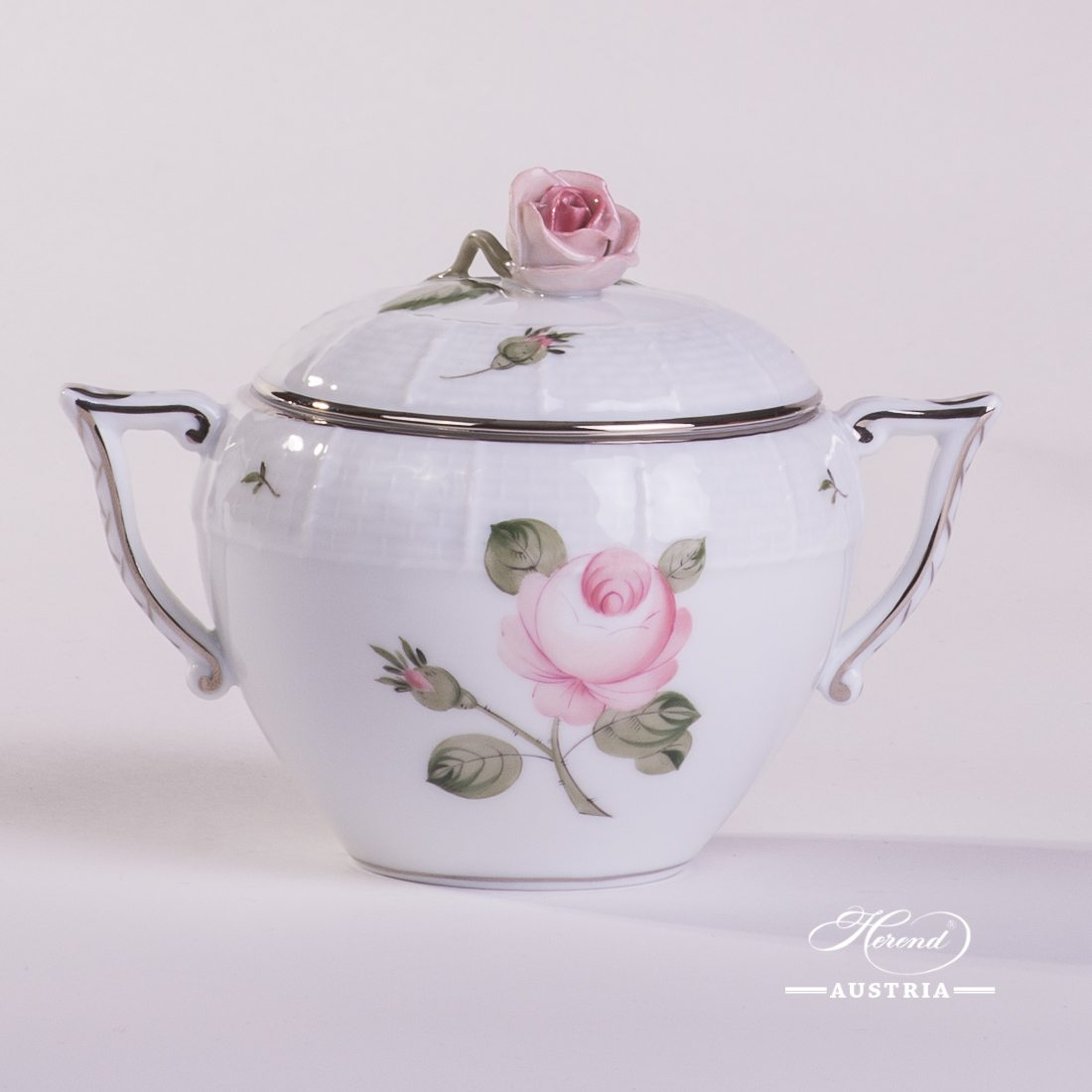 Sugar Basin w. Rose Knob 472-0-09 VGR-PT Vienna Rose Grand w. Platinum pattern. Herend fine china. Hand painted tableware