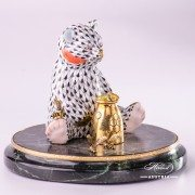 Jewelled Bear herend porcelain animal figurine with honeymug