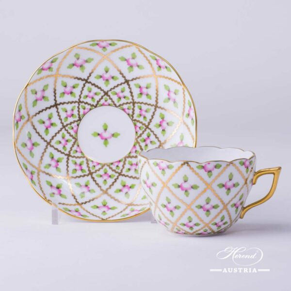 Tea Cup / Coffee Cup and Saucer 20730-0-00 SPROG Sevres Roses design. Herend porcelain. Hand painted tableware. Cup which is suitable for both Tea and Coffee