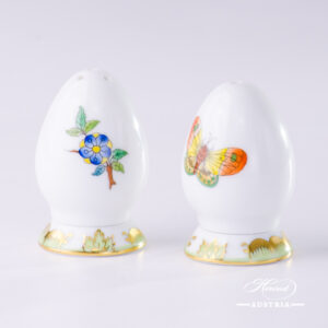 Queen Victoria VBA - Salt and Pepper Shaker Set