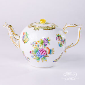 Queen Victoria - Tea Pot w. Rose Knob