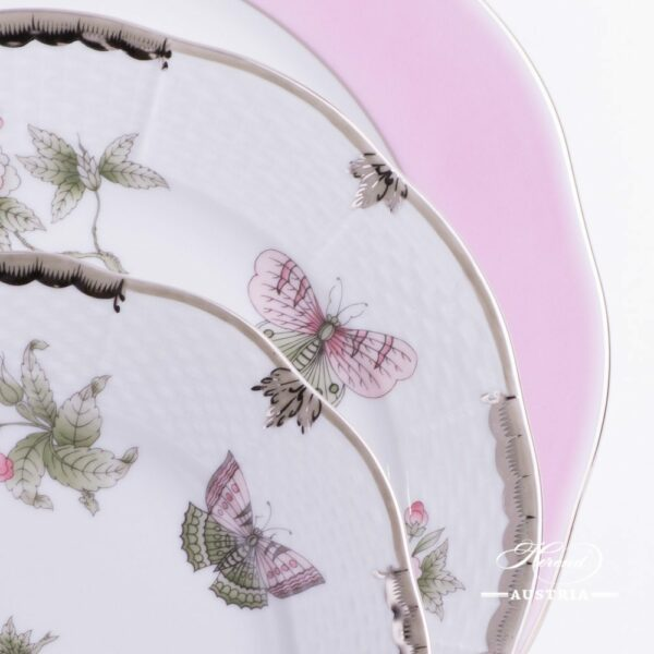 Place Setting 3 Pieces - Herend Queen Victoria Platinum VBOG-X1-PT pattern. Herend porcelain hand painted. Tableware