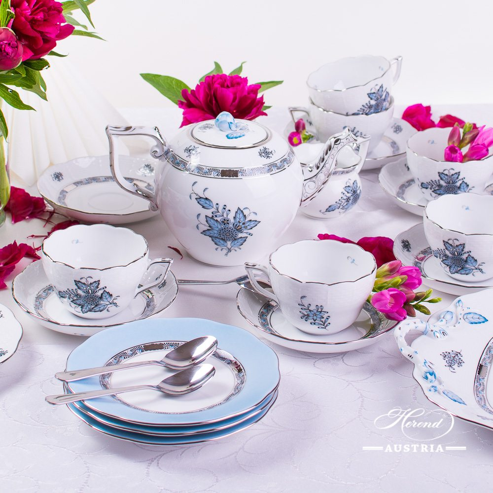 Tea Set for 6 Persons - Herend Chinese Bouquet Turquoise / Apponyi ATQ3-PT pattern. Herend fine china hand painted. Tableware
