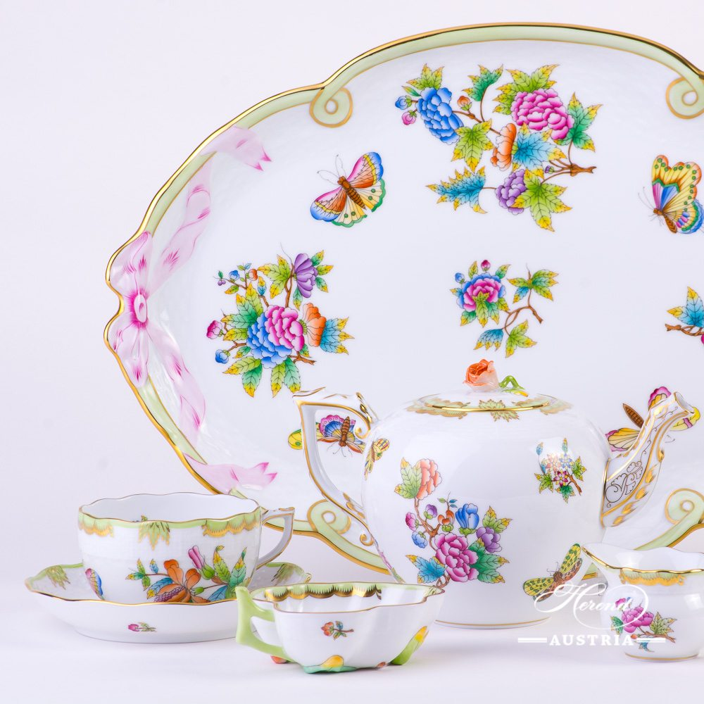 Tea Set for 2 Persons - Herend Queen Victoria VBO decor. Herend porcelain hand painted. Tableware