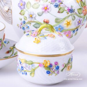 Flower relief coloured CD tea set