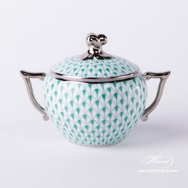 Sugar Basin w. Twisted Knob 20472-0-06 VHV-PT Green Fish Scale w. Platinum design. Herend fine china. Hand painted tableware