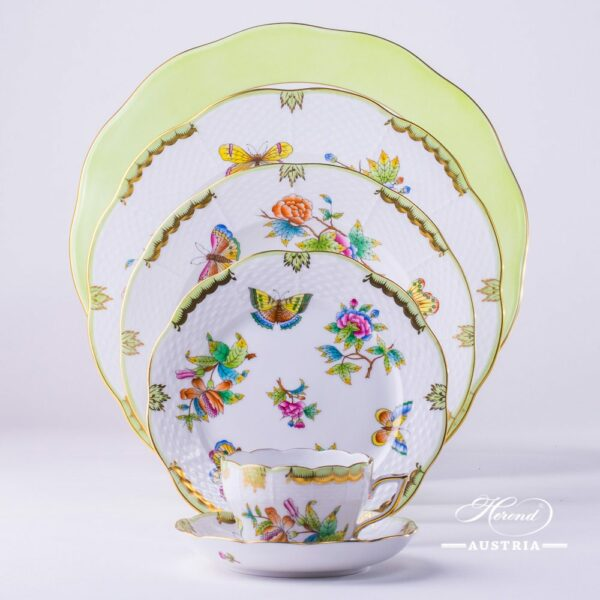 Place Setting 6 Pieces - Herend Queen Victoria VBO pattern. Herend porcelain hand painted. Tableware