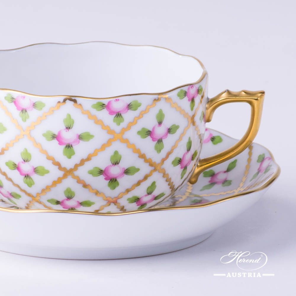 Tea Cup with Saucer 20724-0-00 SPROG Sevres Roses design. Herend porcelain. Hand painted tableware