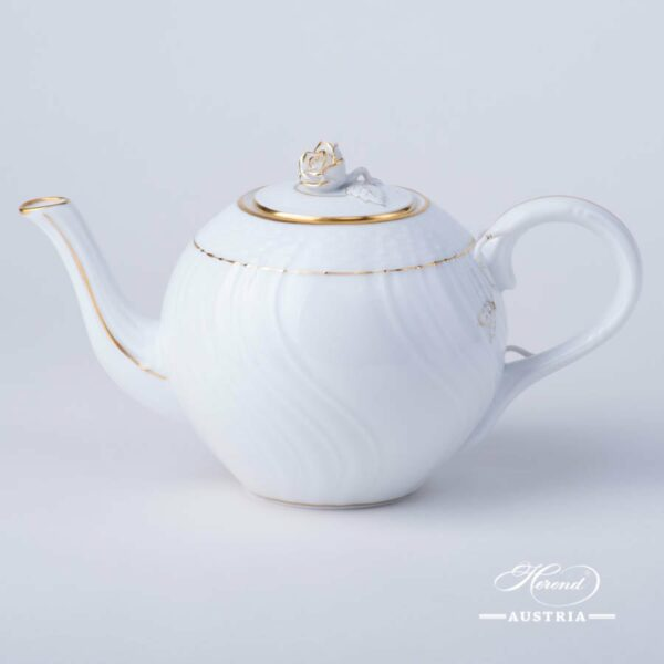 Tea Pot w. Rose Knob 1607-0-09 HDE Hadik design. Classic Herend design. Herend fine china. Hand painted tableware