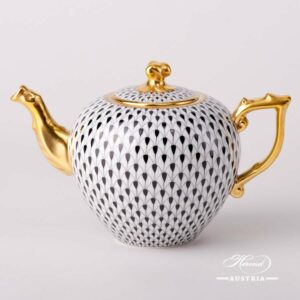 Black Fish Scale - Tea Pot w. Twisted Knob