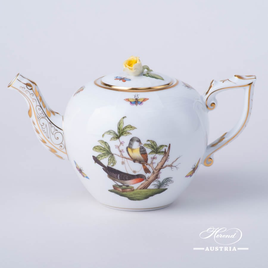 Tea Pot w. Rose Knob 607-0-09 RO Rothschild Bird design. Classic Herend design. Herend fine china. Hand painted tableware