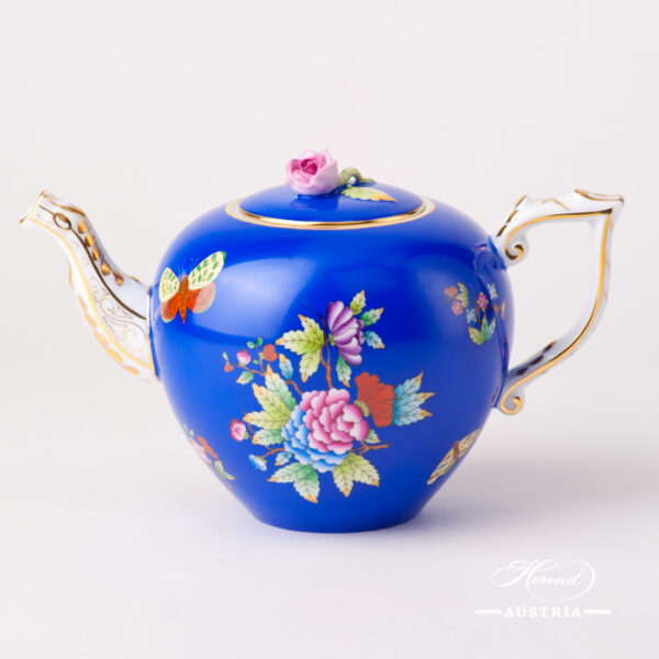 Tea Pot w. Rose Knob 608-0-09 VE-FB Queen Victoria on Blue Background design. Classic Herend design. Herend fine china. Hand painted tableware