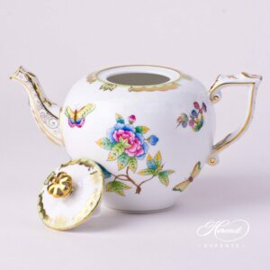 Tea Pot with Crown Knob - Queen Victoria