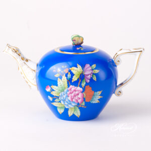 Tea Pot - Miniature - Queen Victoria on Blue Background