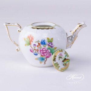 Tea Pot - Queen Victoria