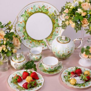 Tea Pot - Strawberry