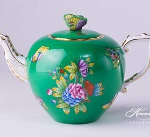 Tea Pot - Queen Victoria on Green Background