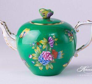 Tea Pot - Queen Victoria on Green Background
